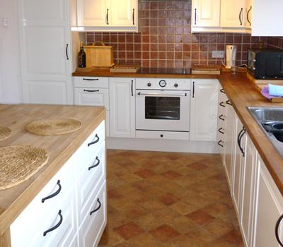 overstock kitchen cabinets kitchen makeover ikea kitchen unitsmeyer woodwork. Black Bedroom Furniture Sets. Home Design Ideas